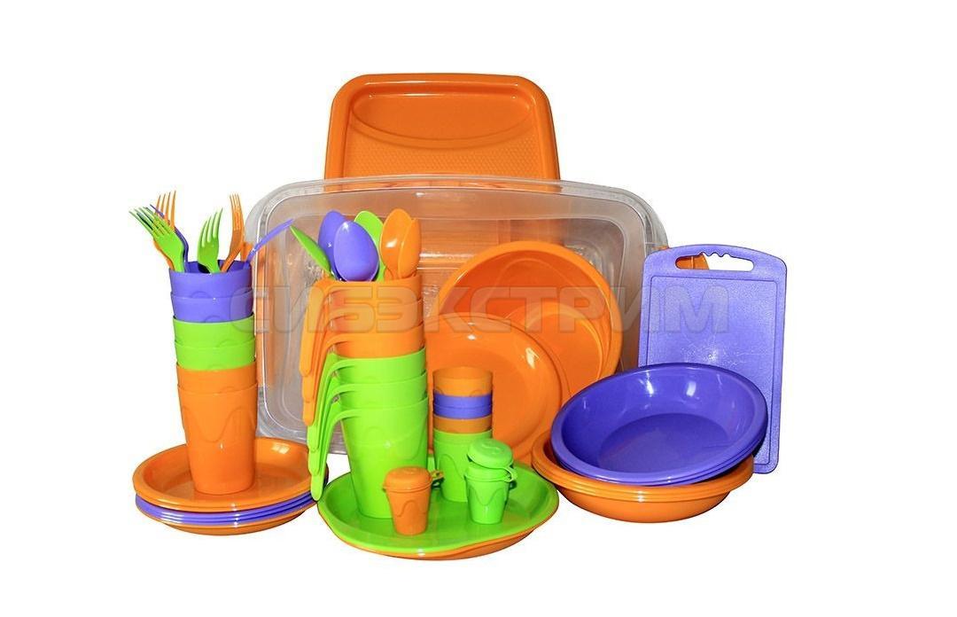 Набор для пикника СЛЕДОПЫТ Holiday пластик на 6 персон, контейнер